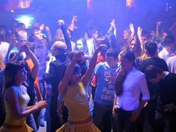 видео в клубе порт амур