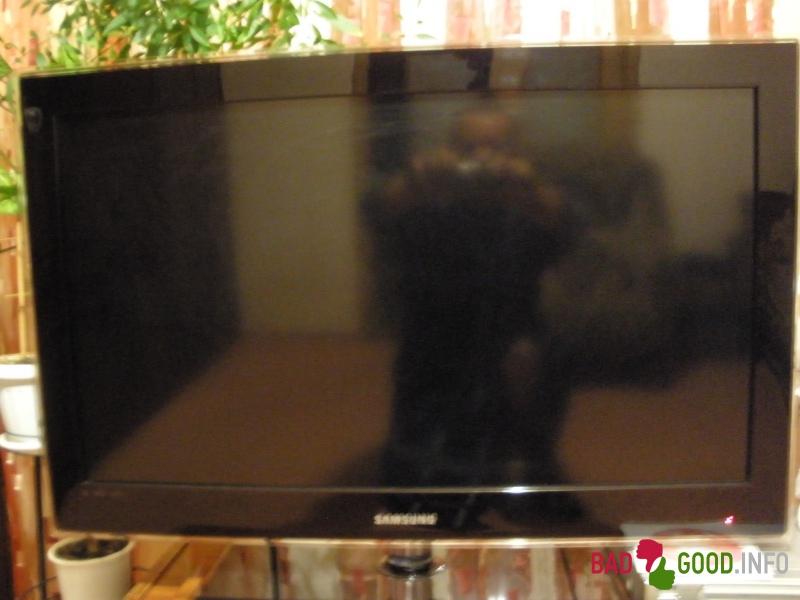 Телевизор выключается сам почему