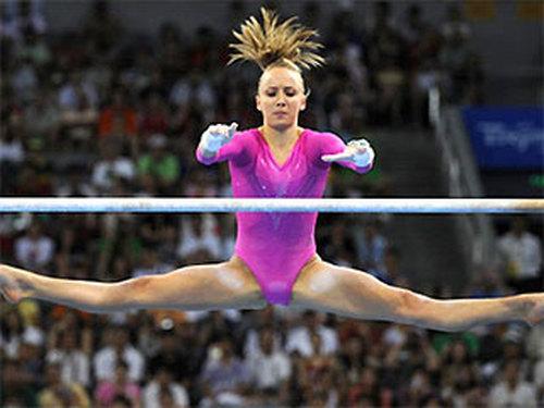 Каникул у гимнасток не бывает как в белгородской области появились первые художницы